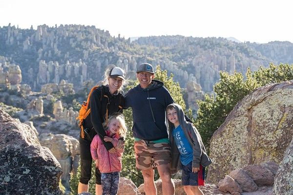 Eric Larsen & Maria Hennessey Family
